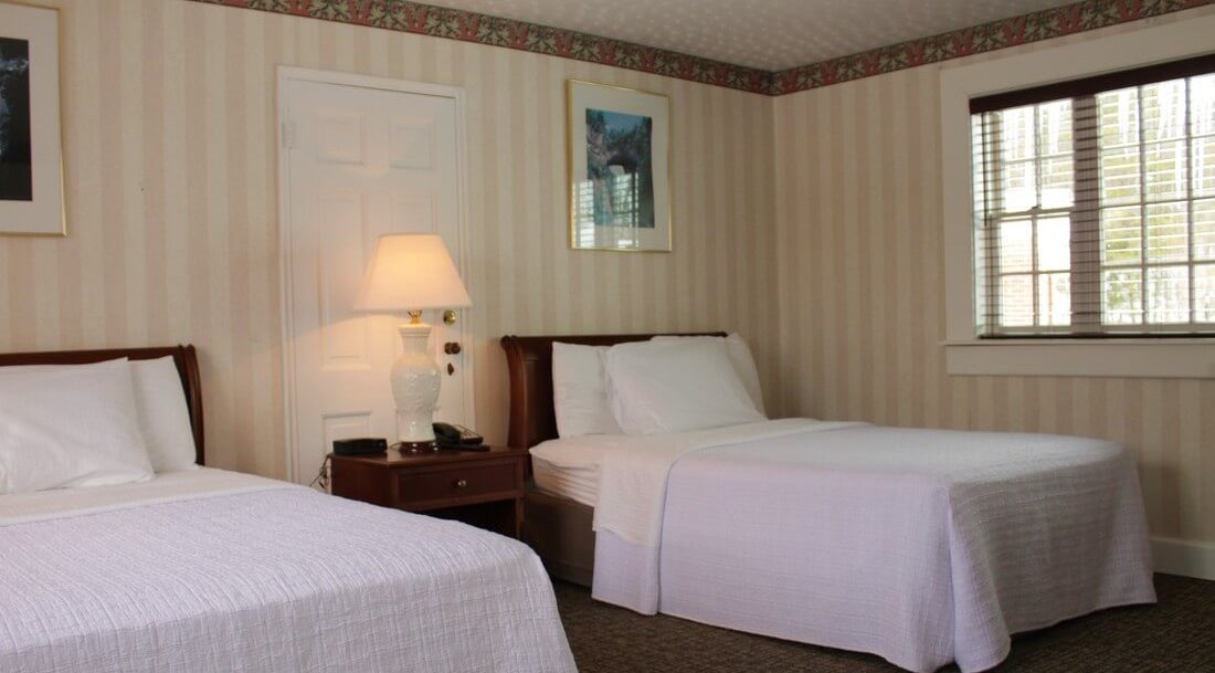 Guest Rooms on Cottage Hill